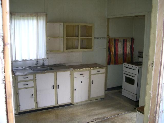 1.1 Salisbury kitchen before