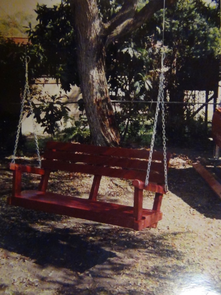 threeseater swing bench